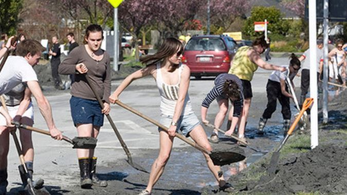 Volunteer Student Army members after the Christchurch Earthquake (NZ Herald)