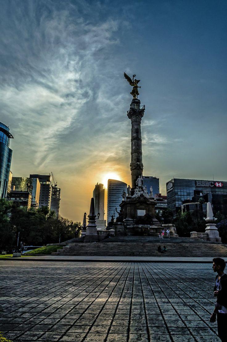 Angel de la Independencia, Paseo de la Reforma, Mexico City