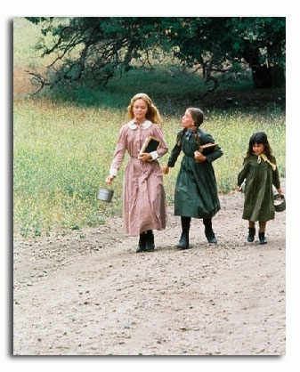 Mary, Laura, and Carrie walking to school (Little House on the Prairie)