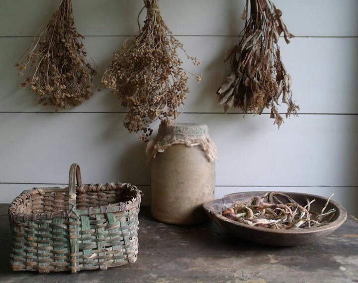 Turnbaugh Antiques: Country Primitive, Natural Drieds, Dried Stuff, Antique Baskets, Dried Flowers, Primitive Picks, Primitive Gatherings, Country Prim Vintage, Primitive Thyme