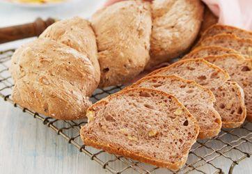 Godt brød: Speltmel er proteinrigt og har en god smag. Du kan skifte det sigtede speltmel ud med hvedemel