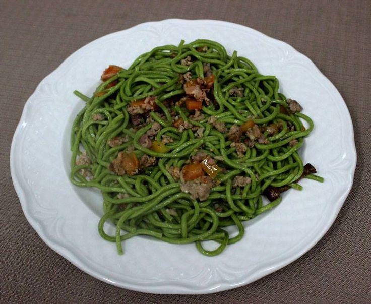 Il Trovatore, uno dei piatti più richiesti: Spaghetti verdi, porchetta, funghi, salsiccia, pezzetti di pomodoro. #Amadeus