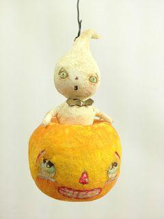 Arbutus Hunter, Spun Cotton Ornament Co. - adorable vintage style spun cotton Halloween ornament
