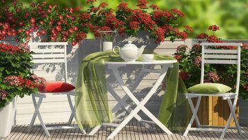 Legno, Ferro, Rattan e Plastica: 10 Migliori Tavoli da Giardino Qualità Prezzi per Vivere al Meglio Tutto il Comfort del Tuo Angolo Verde Casalingo