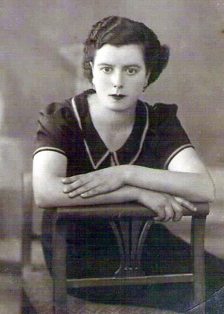 Οι Αρχάνες - RETRONAUT - LiFO    Ελένη Κουτουλάκη - Γριβάκη , Αρχάνες 1935