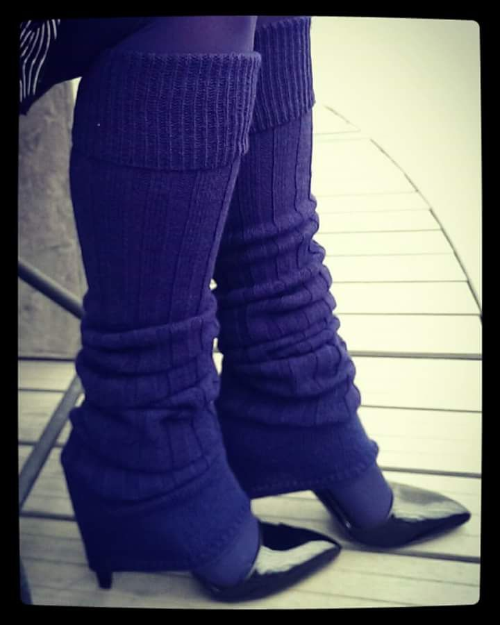 Some say that leg-warmers belongs to the 80ties, but I still love them! Leg-warmers from Oroblu and stilettos from Marc Jacobs.