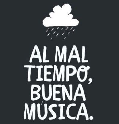 El clima de #Cuenca #ECU nos sorprende siempre, pero nunca falta la buena música!