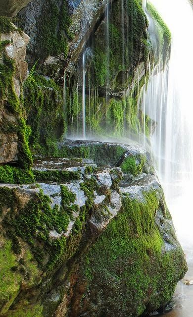 USA, New York - Cornwall, Mineral Spring
