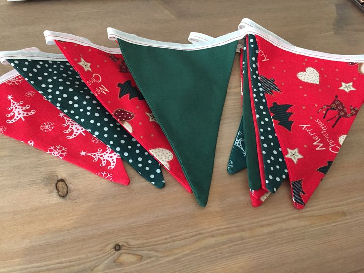 More Christmas bunting being made 🎄