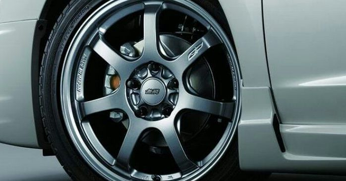 If you want to find quality alloy wheel repairs specialists give us a try here at Bodywork Xpress. We know everything there is to know about a rim repair and can provide you with a first class alloy wheel refurbishment. Alloy wheels are the best features on your car so keep them looking amazing with our expert help. We can assist you and repair alloy wheels to as-new standards helping you to care for your wheels thanks to our #professional alloy #wheel #repair service in London.