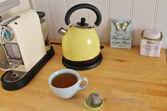 Love my new kettle! Birthday gift from some good friends of mine <3