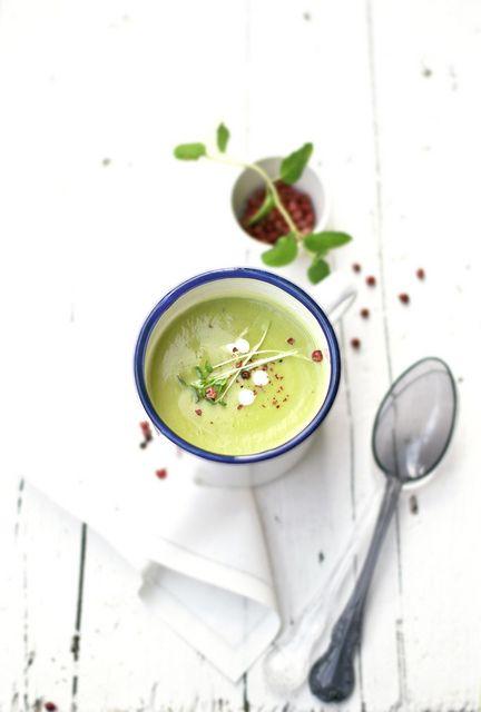 vellutata piselli e zucchine con basilico e menta by barbaraT pane&burro, via Flickr