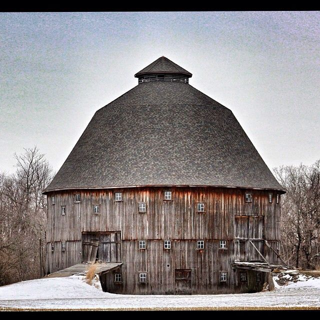 We love a good Midwest barn! This beauty was built in 1916 near Dana, Indiana. Photo by (at)goober5 via Instagram. Tag your Instagram photos #midwestmoment for a chance at a feature!