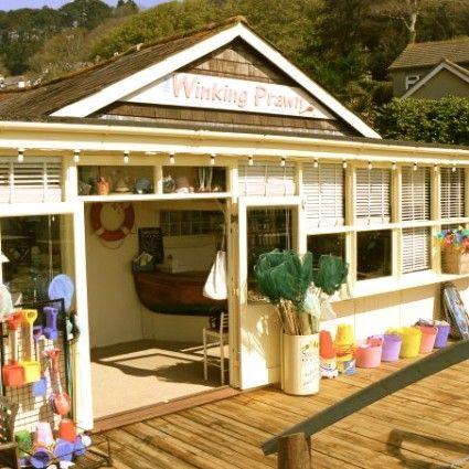 Things to do Devon | The Winking Prawn Salcombe | Restaurant Beach Salcombe