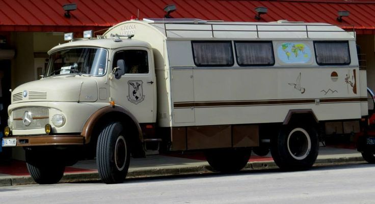 440 best images about buses campers on pinterest for Mercedes benz rv camper