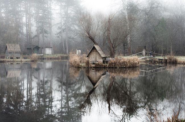 Sződliget: mesebeli horgásztó apró házakkal « moksha.hu