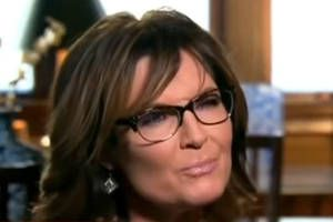 Sarah Palin urges people to support Donald Trump because he thinks like Justin Bieber