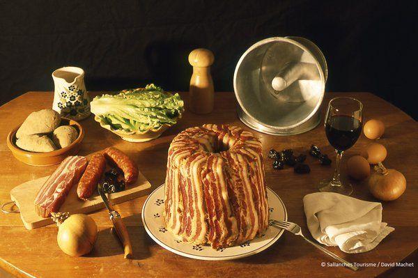 Le farcement, spécialité savoyarde. En savoir plus sur les traditions culinaires des Pays de Savoie : http://www.gpps.fr/Guides-du-Patrimoine-des-Pays-de-Savoie/Actualites/Decouvrez-le-patrimoine-gastronomique-savoyard
