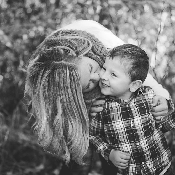 I never want them to think that the whole world revolves around them but I want them to know that without a doubt my whole world does. #mytinymoments #haileyhabermanphotography