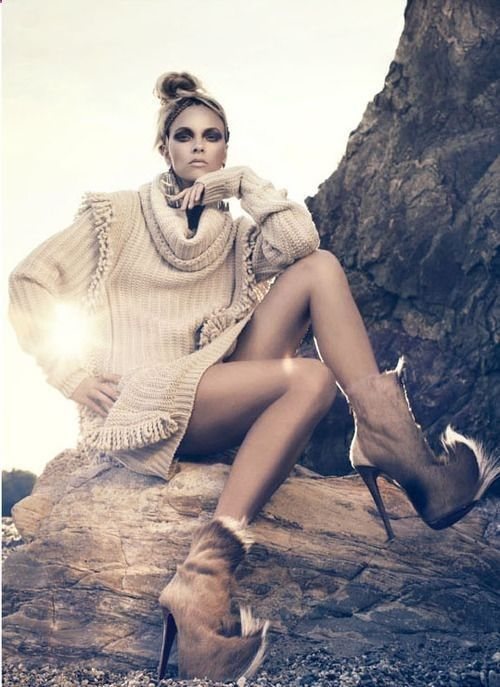 Outdoor fashion photography