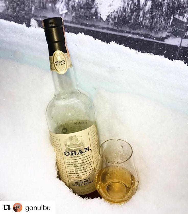 Kendine has karakteriyle neredeyse kendi başına bir viski kategorisi olan @obanwhisky 14 #kardaviskikeyfi yapmak için çok iyi seçim Slainte @gonulbu  #Repost @gonulbu with @repostapp  Bu da benim balkonumdan @meleklerin_payi sevgili Burkaycığım seni anarak... cheers  #whisky #snow  #happiness #peaceful #tasting #home #saturdayafternoon