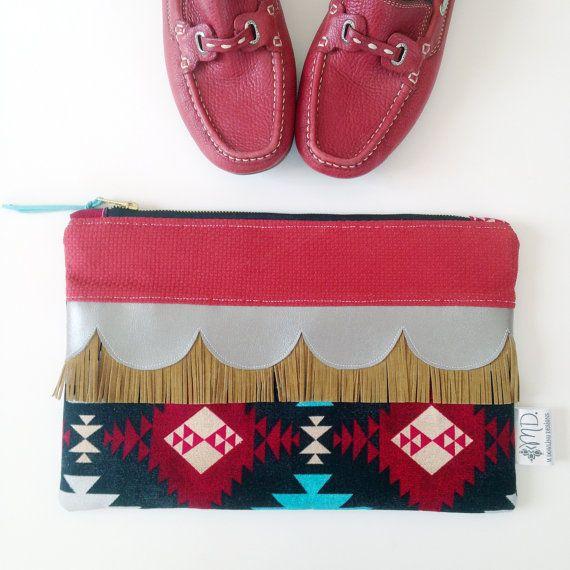 Azteca frizione frizione Boho borsa con frange di Mdowlingdesigns