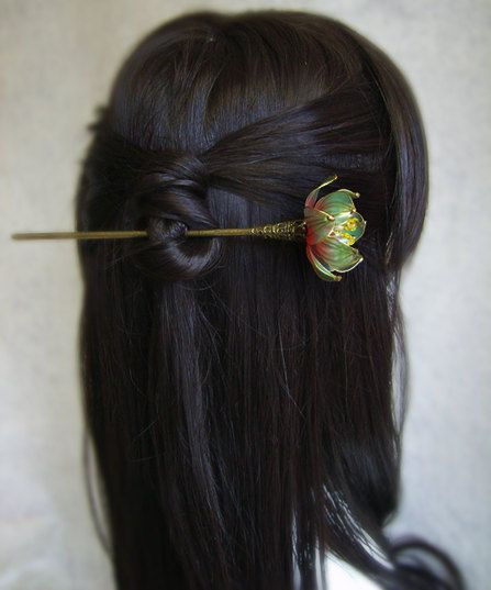 Gradually changes in color the blue water lily/Lotus hair sticks/ hair pin/ hair accessories/hair comb/ Bridal headpieces//Chinese Kanzashi