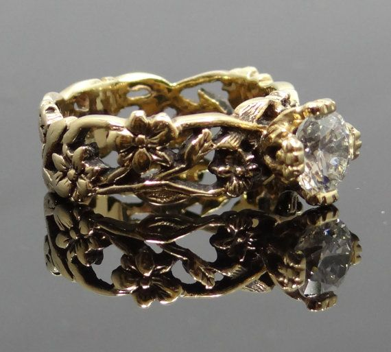 Unique gold rings