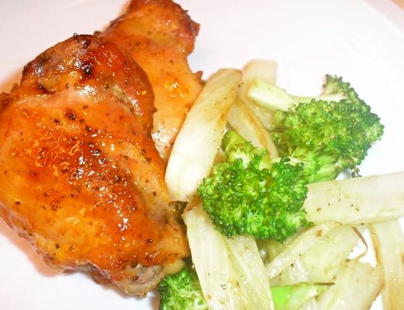 Baked Chicken with Apricot Glaze, Sauteּed Fennel and Broccoli by daydreamkitchen: #Chicken #Apricot #Fennel #Broccoli #Healthy
