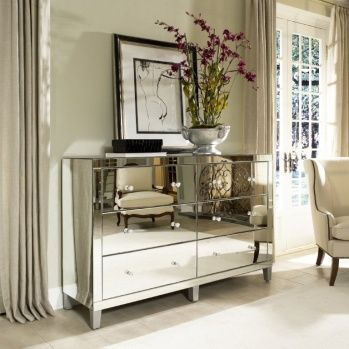 beautiful 6-drawer mirrored chest