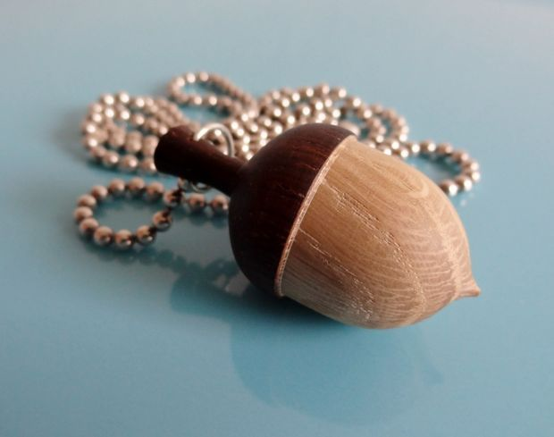 Create your own acorn necklace for Acorn necklace craft