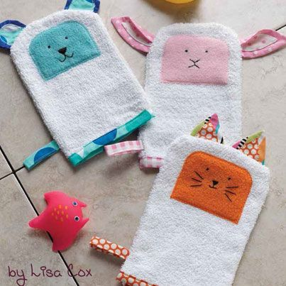 Adorable, and fun for the kiddos. Free patterns for bath time buddies. You could use these as hand puppets too.
