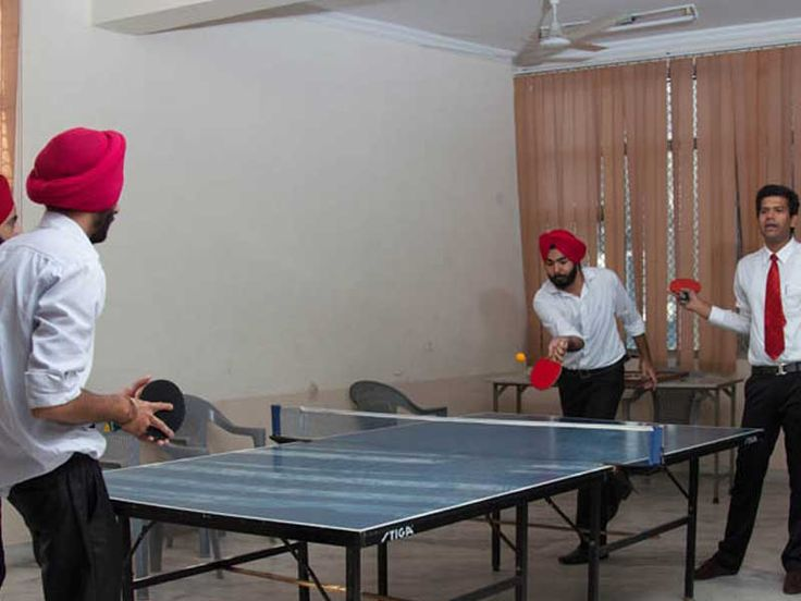 Common-Rooms: Guru Nanak Institute of Management is one of the top Rank MCA Colleges in Delhi India. No. 1 Faculty for PGDM. Top 10 Rank Private MCA & PGDM Institute in Punjabi Bagh, Delhi,India