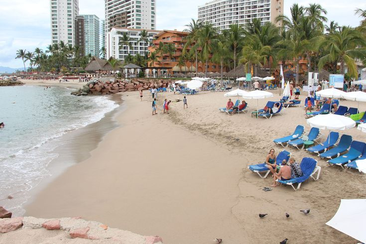 Certified beaches and Blue Flag give greater prominence to Puerto Vallarta - Learn more about this photo here: http://bit.ly/2CNusp7