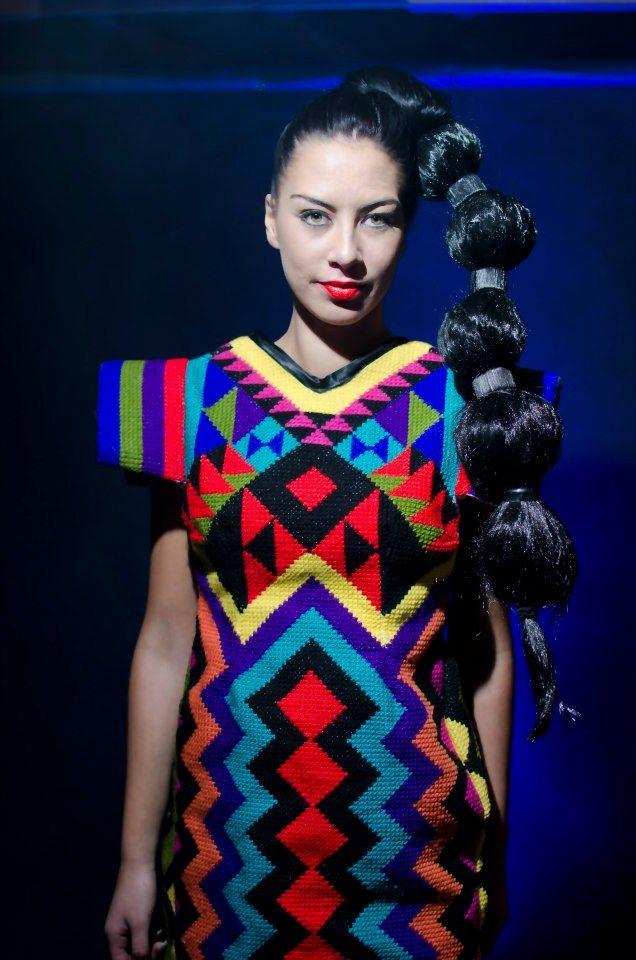 modern fashion Tāniko