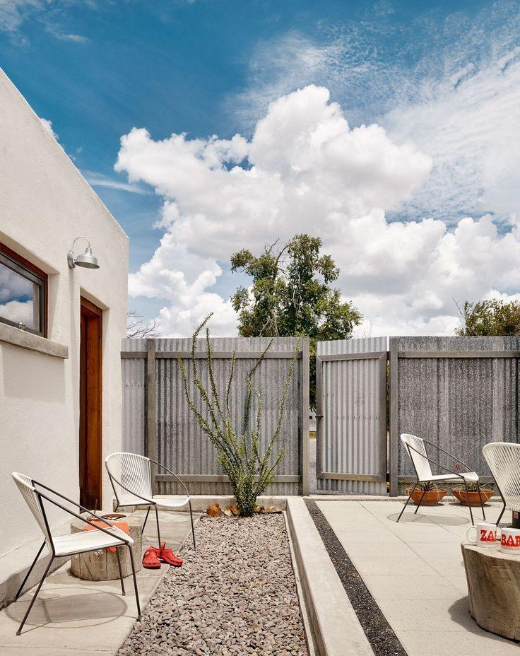 Best 25 desert homes ideas on pinterest southwest decor for Adobe home builders texas