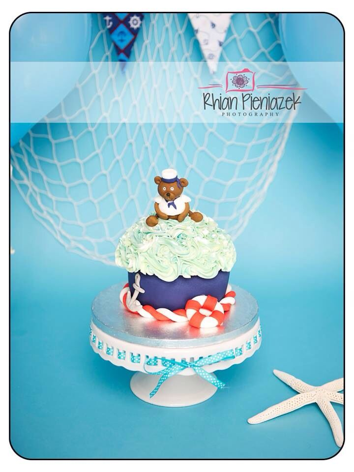 Nautical theme cake. Cakes By Helzbach. Rhian Pieniazek Photography.