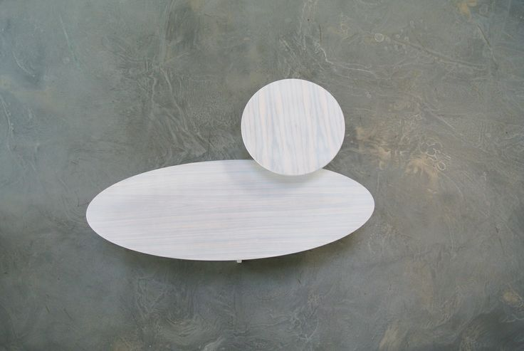 The Flo Salon white a white top showed at design 020  Amsterdam - www.designhart.nl - #salontafel #design020 #Flo #Designhart