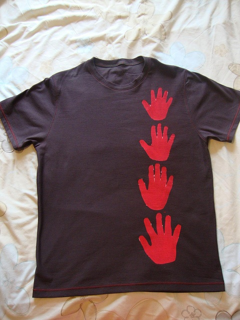 Handprint tee for Daddy's Day!