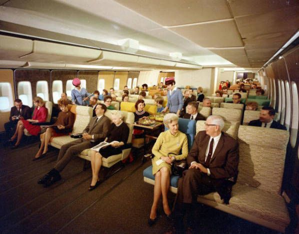 Airplane Travel In The 1970s Looks Like It Was Pretty Darn Awesome