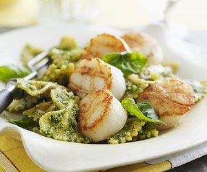 pesto scallop pasta: Food Recipes Bites, Seafood Recipes, Pasta Recipes, Pesto Pasta, Pesto Scallops, Favorite Recipes, Recipes Cooking