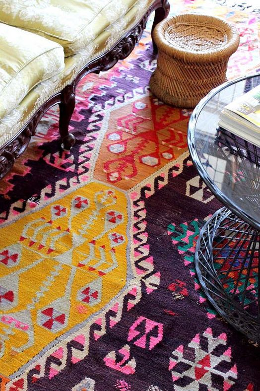 Can't wait to see how my new rug looks in the house! Kilim, anatolian