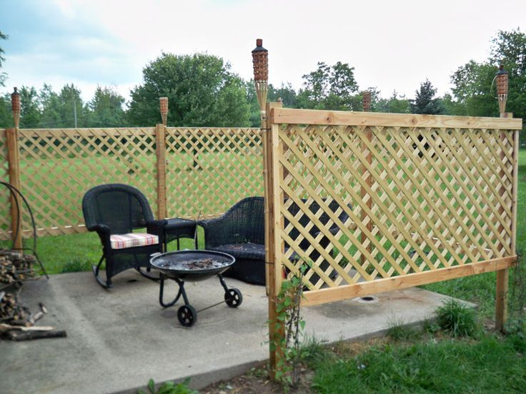 i like the idea of doing a lattice panel on the left side of the patio - Patio Fencing Ideas