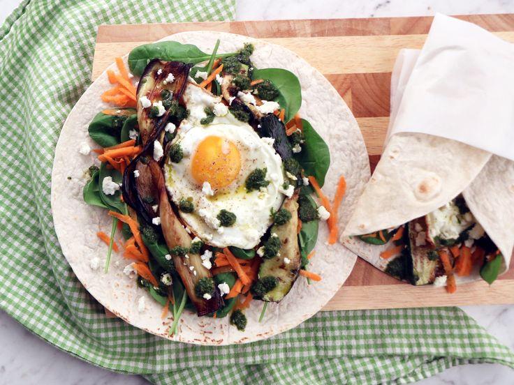 Wraps med stekt ägg, aubergine och chermoula | Recept från Köket.se
