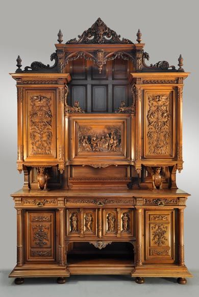 verot b niste mobilier de salle manger de style n o renaissance en noyer sculpt. Black Bedroom Furniture Sets. Home Design Ideas