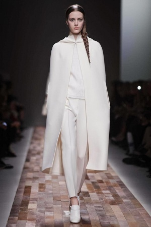 valentino was pretty simple, but i really liked it #valentino #pfw #aw13