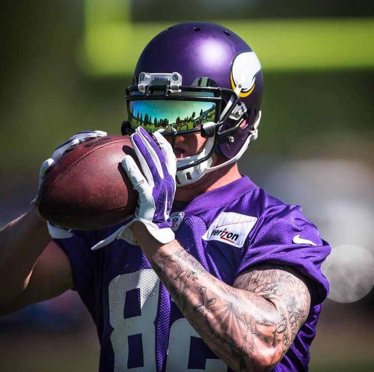 Kyle Rudolph Football helmets, Vikings, American