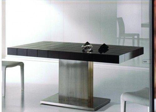 Mesa comedor moderna con base y columna en acero inoxidable, tapa acabado en negro brillo.