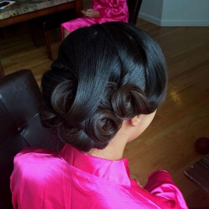 low curls wedding updo for black hair Black Wedding Hairstyles, Short Wedding Hair, Hair Comb Wedding, Wedding Hair And Makeup, Wedding Updo, Bride Hairstyles, Vintage Hairstyles, Black Women Hairstyles, Bridal Hair