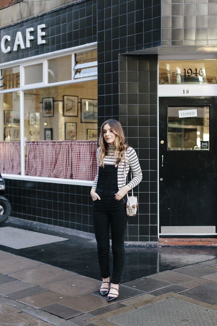 How to style black dungarees